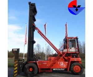 Xe nâng xếp container rỗng FANTUZZI FDC25-J6